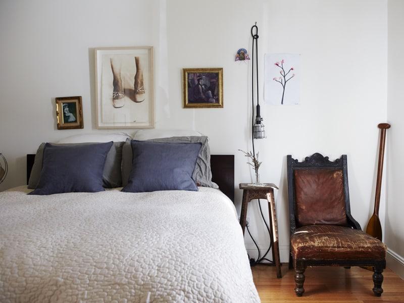 house-perv-bedroom