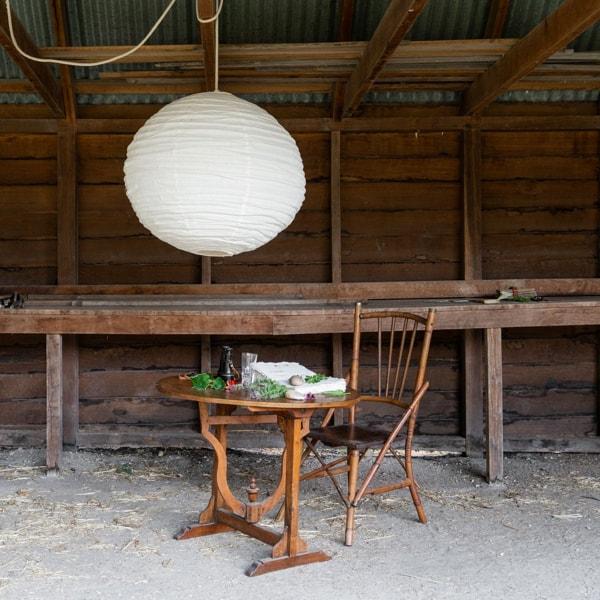 banks-lantern-in-the-barn